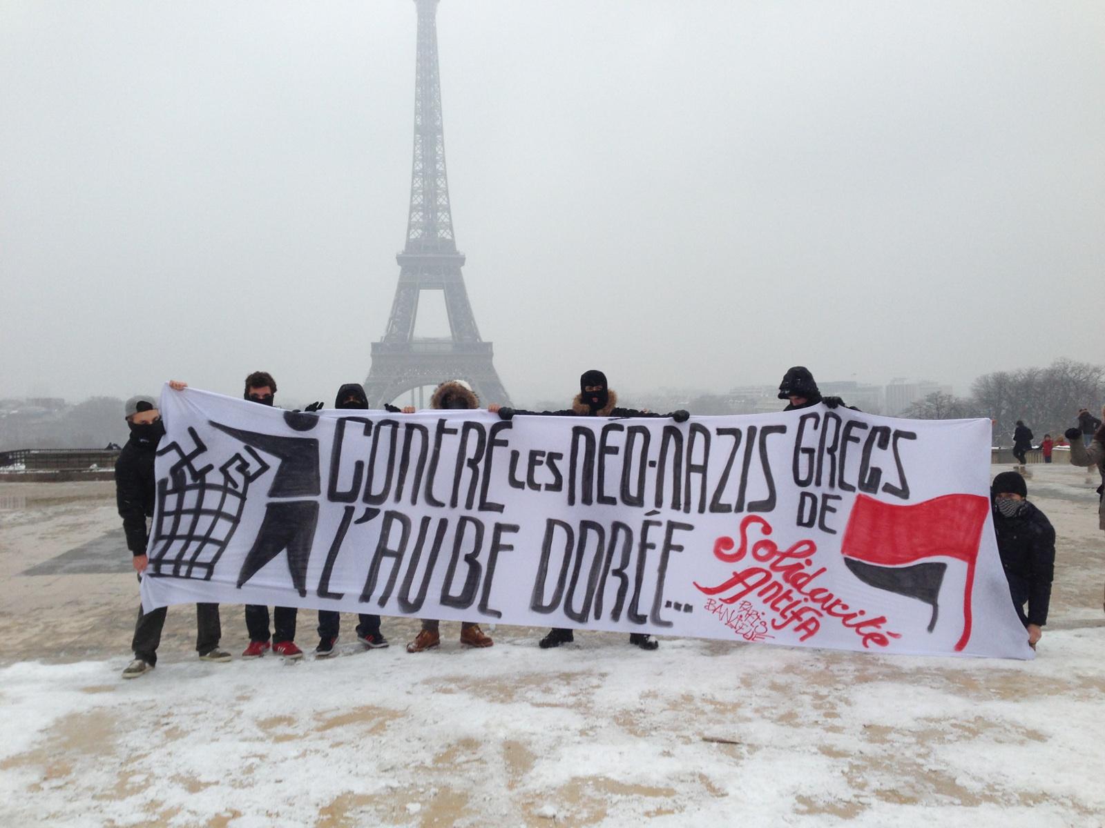 Paris : action de solidarité avec les antifascistes grecs