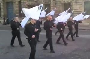 Défilé à Paris, 12 mai 2013.