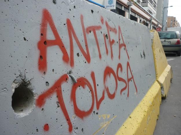 antifa tolosa graff manif