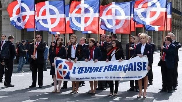 A l'extrême droite (forcément !), Estelle Gagon, et, derrière elle, André Le Bloch.