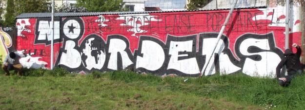 La_Roche_sur_Lyon_graffiti