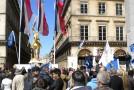 Paris, 11 mai : une pucelle, beaucoup de prétendants