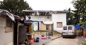 Le campement où vivait le jeune agressé.