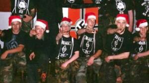 Lutins_noel_neonazis