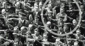 August Landmesser, celui qui refusa de faire le salut nazi devant Hitler
