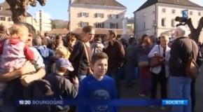 Pouilly en Auxois dit non au fascisme et oui à l'accueil des migrants