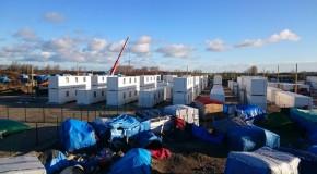 Calais : les containers de la honte