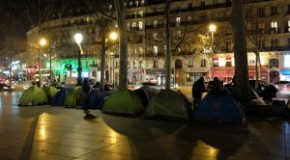 Paris : solidarité avec les migrants expulsés de République