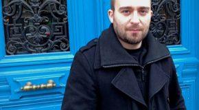 Enfarinage de l'écrivain fasciste Laurent Obertone à Lille