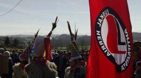 Pays basque : mobilisation contre la vente du chateau Etxarri à la Fraternité Saint-Pie X