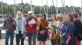 Vannes : hommage à Clément sur le port