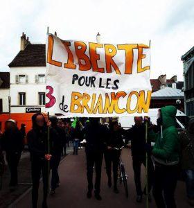 Manifestation à Dijon pour la semaine de résistance du Quartier Des Lentillères le 28 avril