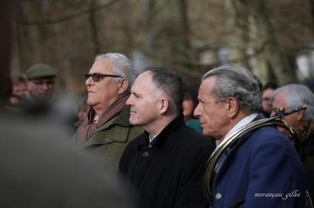 Guy Harlé d'Ophove avec les lunettes avec le préfet Louis Le Franc et le maître d'équipage Alain Drach lors d'une chasse à Courre à Compiègne le 17 février 2018