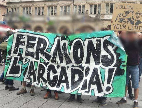 Rassemblement antifasciste contre l'hommage du Bastion Social Strasbourg à Dominique Venner le 21 mai 2018 devant la cathédrale