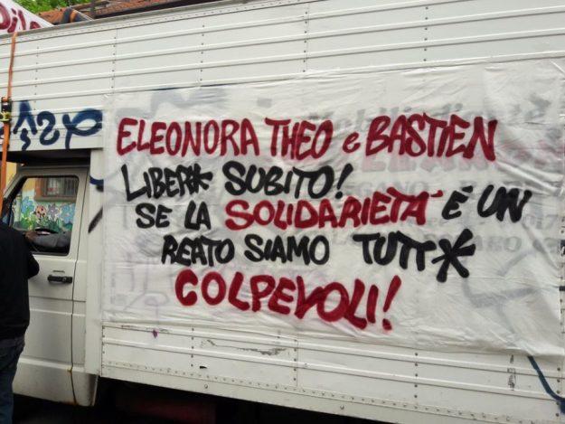 banderole de soutien aux 3 de Briançon à Turin