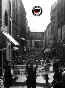 Manifestation contre l'ouverture de l'Oppidum, le local du Bastion Social de Clermont-Ferrand le 12 juillet 2018