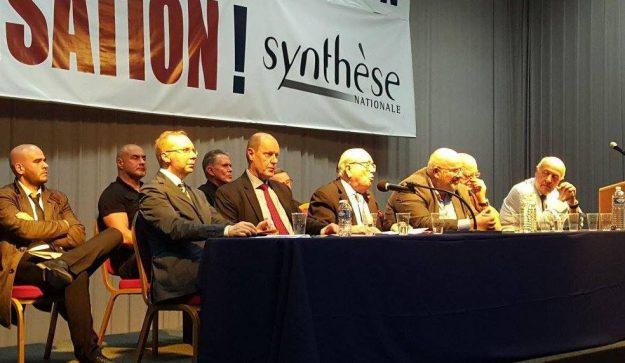 Ayoub avec la fine fleur de l'extrême droite, à la journée de Synthèse Nationale le 1er octobre 2017