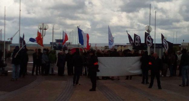 Rassemblement d'extrême droite à Ouistreham le 27 octobre 2018