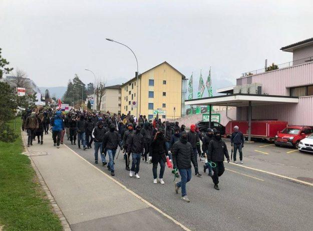 manif antifa à Schwytz en Suisse le 13 avril 2019